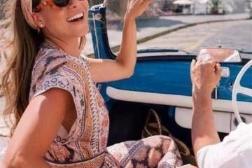 嫌造型太简单大众化丝巾帮你增加时尚感