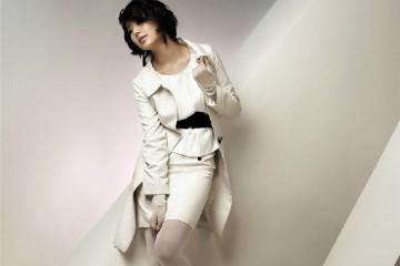 韩国人气女星尹恩惠前期写真美貌与好身材并存
